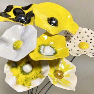 Bouquet de coquelicots jaunes