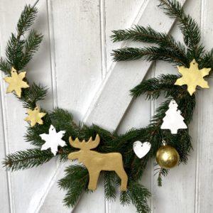 Couronne de Noël avec céramiques